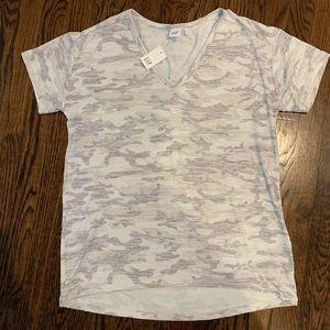 Gap shirt sleeve camp t-shirt